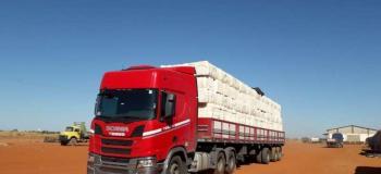 Empresa de transporte de cargas pesadas